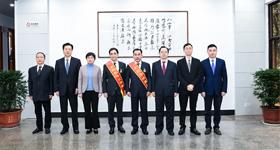 县领导接见赴京回新受奖劳模<br/>为美丽新昌建设再立新功